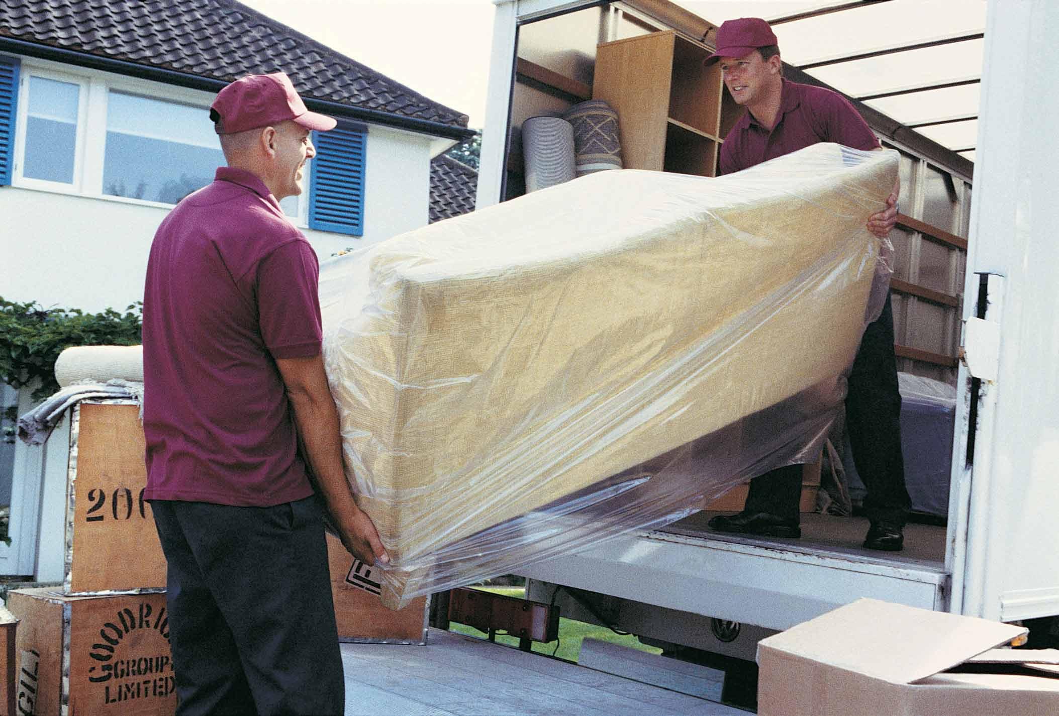 unloading-truck